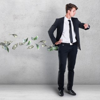 money-flying-from-pocket