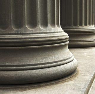 bank-columns